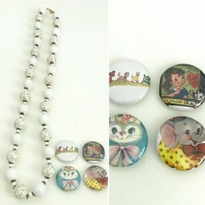 Vintage beaded necklace & animal button pins set